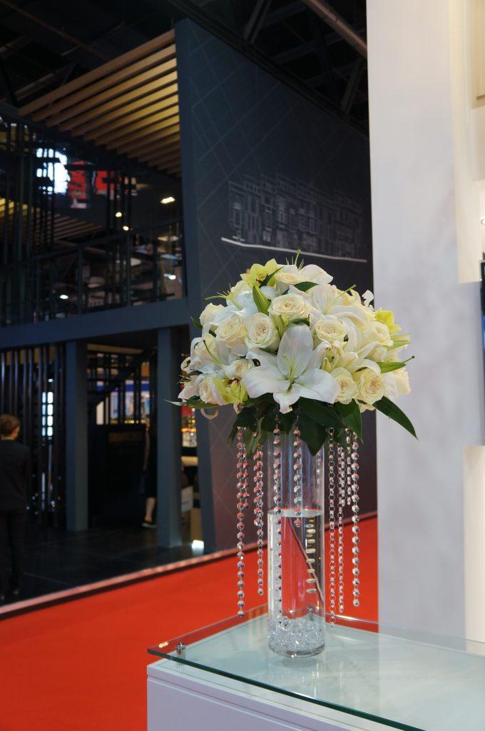 Cityscape 2015 Sparkle Tower Booth Floral Arrangement
