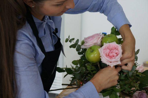 Floristry class dubai