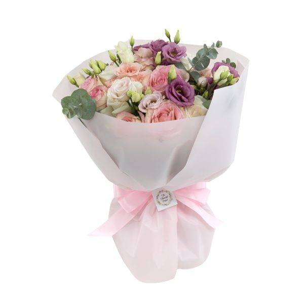 Valentine - Mixed hand-tied bouquet with O'Hara roses