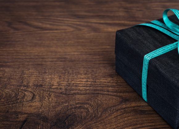 Corporate Gifting Ideas to Help You Out This Fall